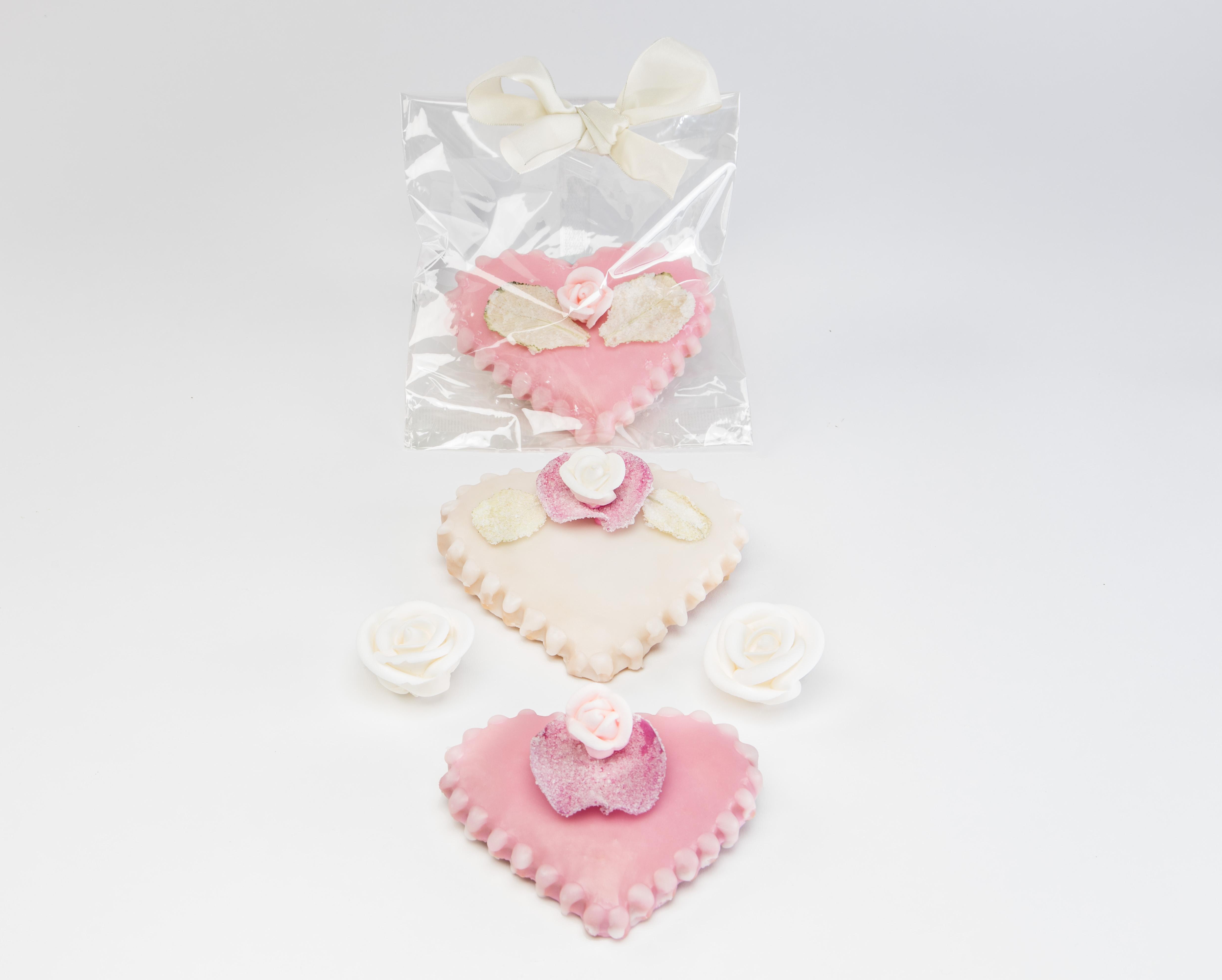 Elegant Heart Cookie Favors - Tastes Divine